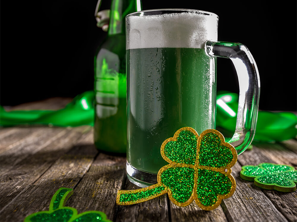 St. Patrick's Day Green Beer - Hotel Urban